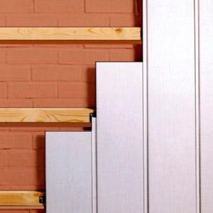 Отделка стен панелями ПВХ